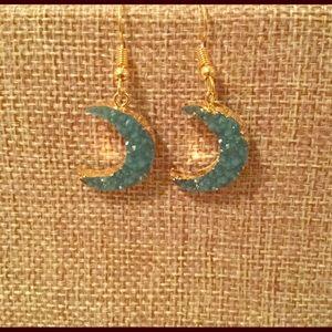 Jewelry - Women's Crescent Moon Earrings.